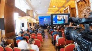 Manahel Thabet PhD President of Economic Forum for Sustainable Development share her knowledge in Digital Economy in a Wonderful conference at Digital Agenda at Almaty, February 01, 2019 #ManahelThabet #Economist #100mostpowerfulWomenintheMiddleEast #DigitalAgenda2019 #Almaty
